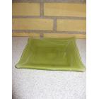 Glas fad i grøn.